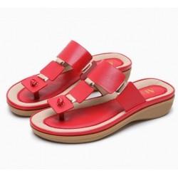 Bohemian style sandals - beach flip flops with metal decoration