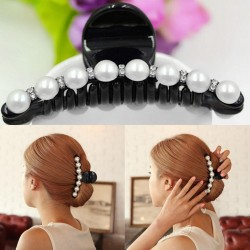 Hair clip with pearls